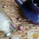自然なアレルギー緩和のハーブ鼻洗浄