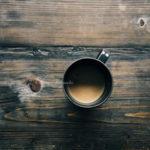 ハーブコーヒー代用品のためにハーブを焙煎する方法